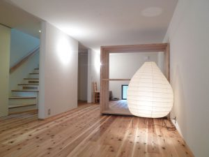 02狭小地域の家_寝室