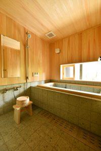 11南聖町の家_浴室